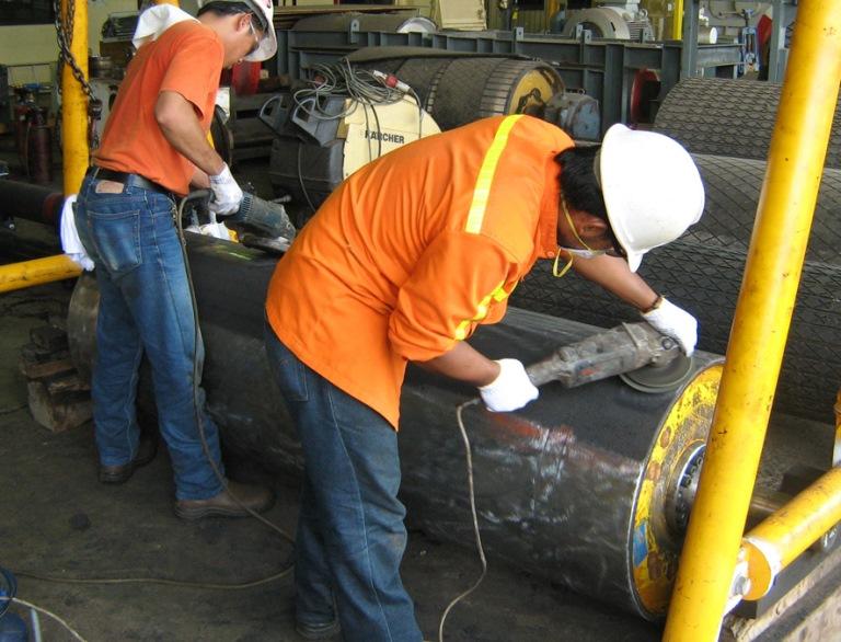 Футеровка барабанов ленточных конвейеров это транспортер 2010 года
